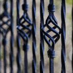 Nowoczesne ogrodzenia dla budynku ma istotność na zabezpieczenie